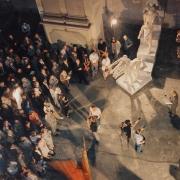 Pohled do kostela, zahájení